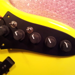 HAND MADE - Electric instruments_jazz 4 strings Tumb-Yellow - LED (2)
