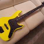 HAND MADE - Electric instruments_jazz 4 strings Tumb-Yellow - LED (3)