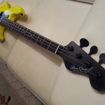 HAND MADE - Electric instruments_jazz 4 strings Tumb-Yellow - LED (4)